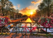 JIGSAW,1000pc.Bicycles in Amsterdam (Ravensburger)